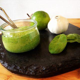 Pesto van spinazie en walnoot