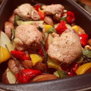 Traybake | kip, aardappel, paprika en salie