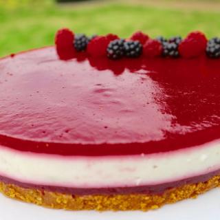 Yoghurttaart met bramen & frambozen | Foodblogswap